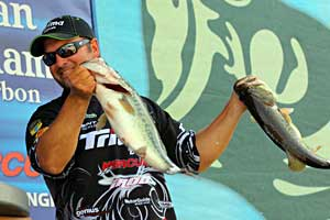 Fred Roumbanis sits in 2nd place behind Rojas with 5 bass for 21 pounds 3 ounces from Toledo Bend