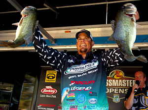 Big bass like these have given Elite Series pro Chris Lane a 5-pound lead going into the final round of the Bass Pro Shops Bassmaster Southern Open on Florida's Harris Chain