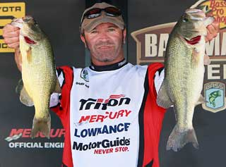 Darin Doll of York Pennsylvania registered a 13-7 limit today catapulting him into second place from 17th