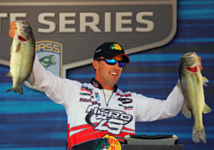Edwin Evers moved into 2nd place in the 2011 Toyota Tundra Bassmaster Angler of the Year race going into the final Elite Series event