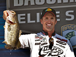 Edwin Evers 6 pounds 5 ounce kicker bass moved him into 2nd place after day 3 of the B.A.S.S. Elite Series Power-Pole Citrus Slam on the St. Johns River