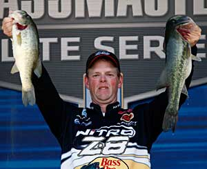 South Dakota's Jami Fralick leads the Carolina Clash Elite Series event on Lake Murray at the end of day one