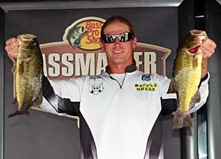 Fisherville Kentucky pro angler Kyle Walling is second in the Bassmaster Northern Open after day one on the Chesapeake Bay
