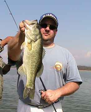 Paul Cowen with a nice madre lizard-caught Comedero bass pulled from a thorn tree tangle