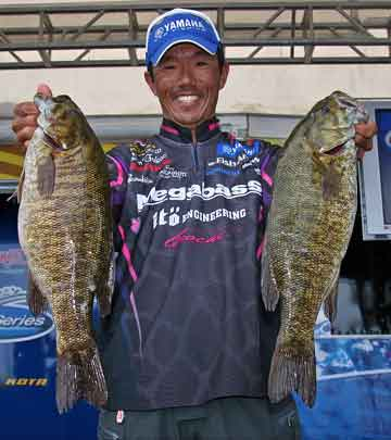 Palestine Texas professional bass angler Shinichi Fukae wins the FLW Series Eastern Division tournament on Lake Champlain with a four-day catch of 20 bass weighing 73-12